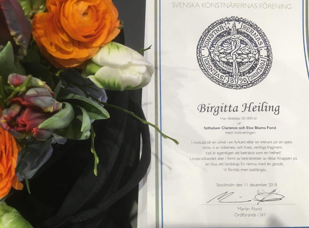 Blombukett och diplom